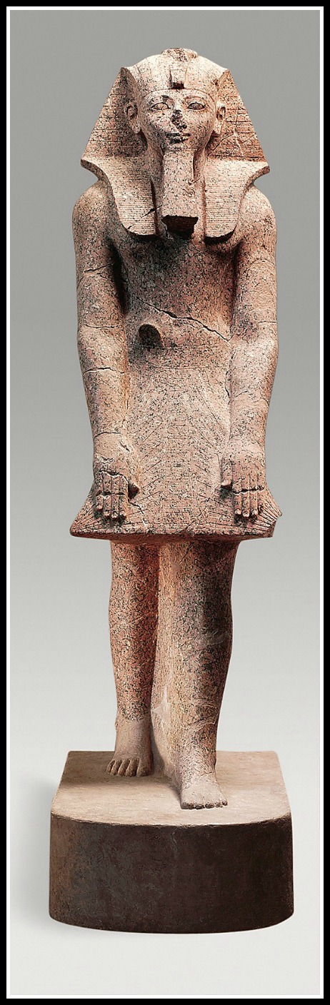 Hatshepsut dressed in Pharaoh-wear. (Courtesy Metropolitan Museum of Art)