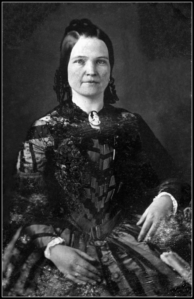 Mary_Todd_Lincoln_framed846-1847_restored