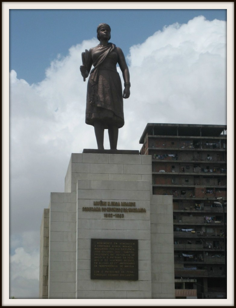 Statue of Nzinga in Luanda