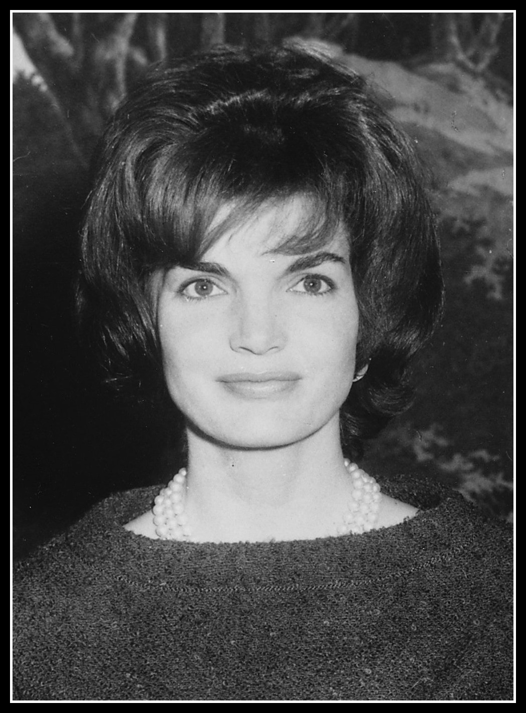 the history chicks episode 101 jacqueline kennedy onassis part one